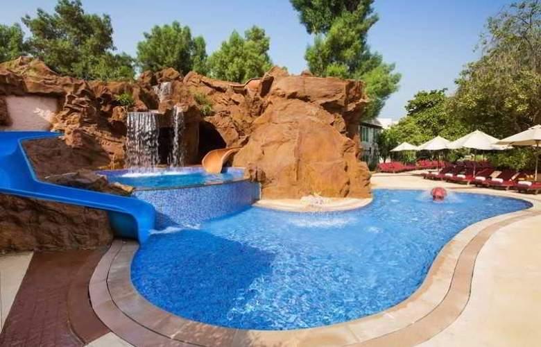 Habtoor Grand Beach Resort & Spa - Pool - 1