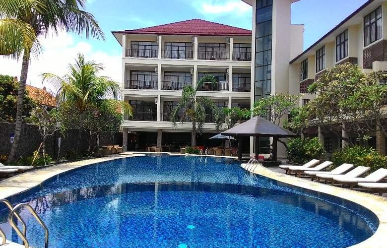 Best Western Resort Kuta - Pool - 24
