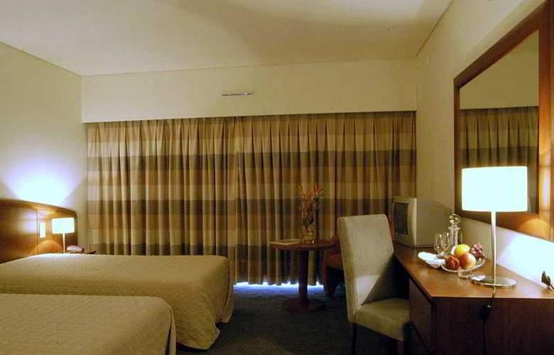 Apulia Praia Hotel - Room - 2