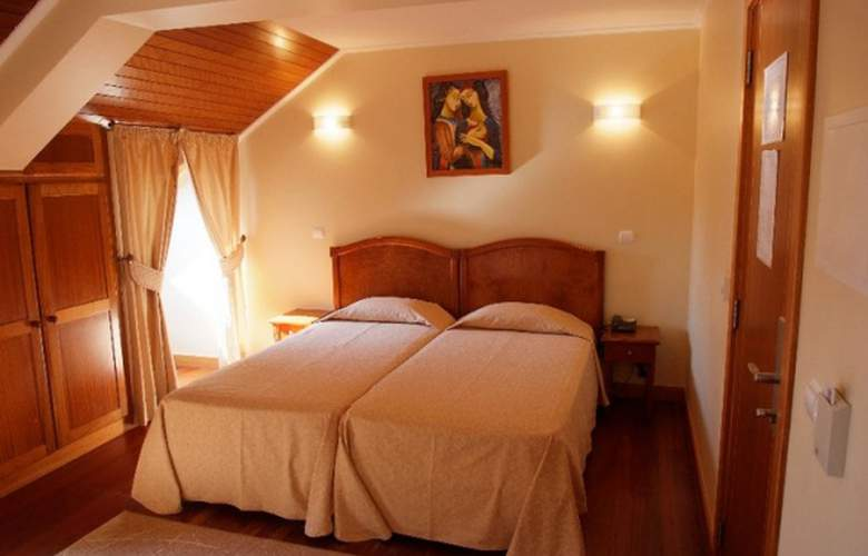 Hotel AJ - Room - 0