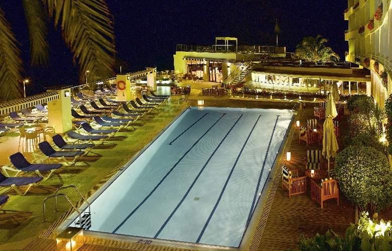 Premier Gran Hotel Reymar & Spa - Pool - 15