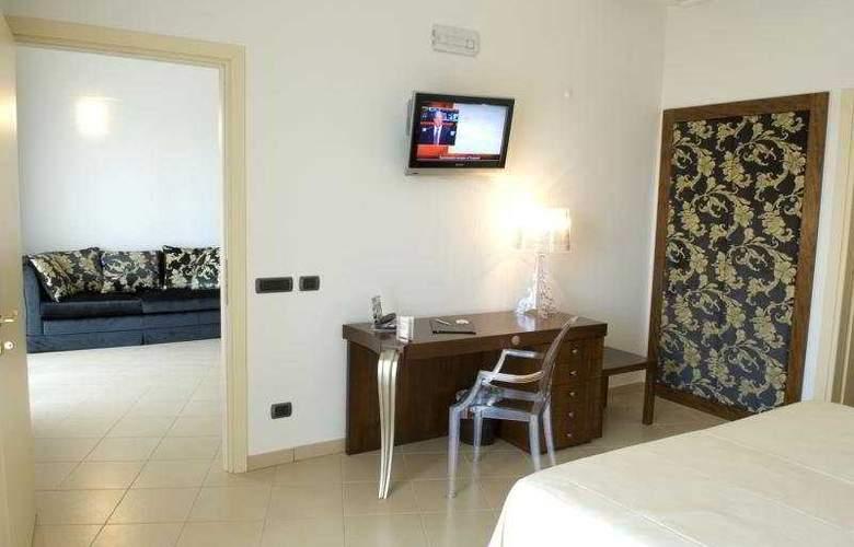 Grand Hotel Sofia - Room - 4
