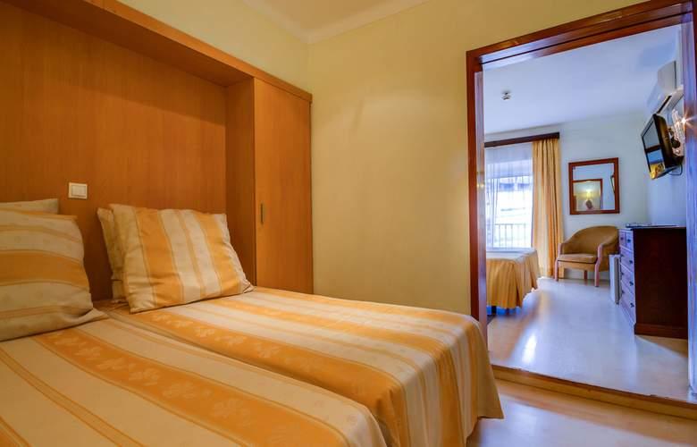Americano Inn Rosio - Room - 2