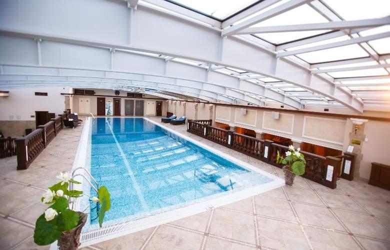 Taleon Imperial - Pool - 15
