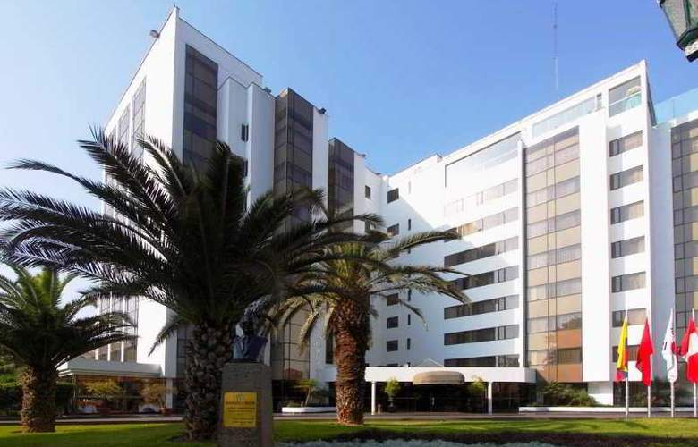 Plaza Del Bosque - Hotel - 0