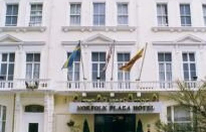Norfolk Plaza - Hotel - 0