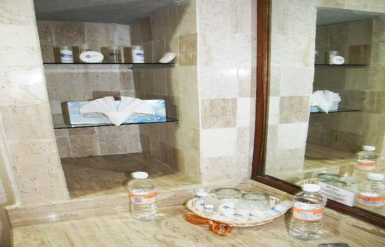 Marina Resort - Room - 7