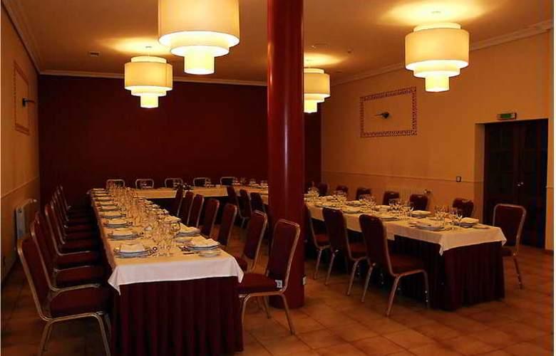 Sercotel Ciudad de Burgos - Restaurant - 71