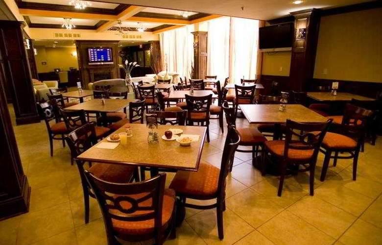 Holiday Inn Express Washington DC East-Andrews AFB - Bar - 6