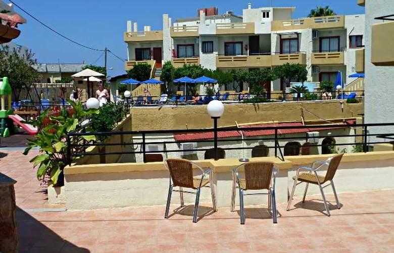 Paradise Apartments - Hotel - 18