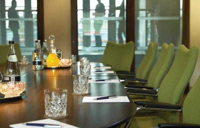 Mercure Warwickshire Walton Hall Hotel & Spa - Conference - 5