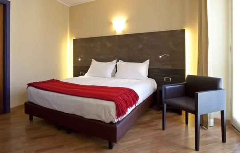 Best Western Metropoli - Hotel - 3