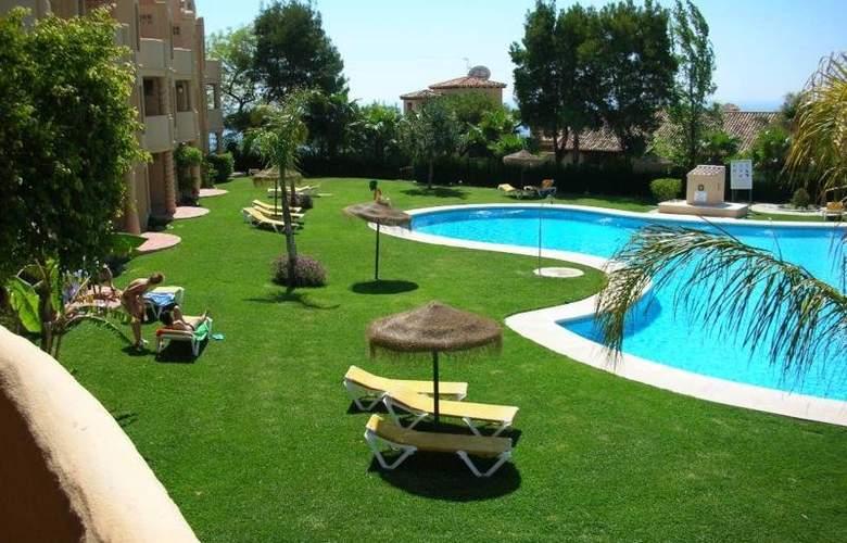 El Porton - Pool - 4