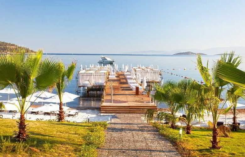 Thor Luxury Hotel & Villas - Beach - 19