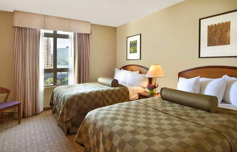 Embassy Suites Atlanta - at Centennial Olympic - Room - 7