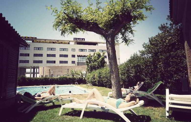 Simba - Pool - 11
