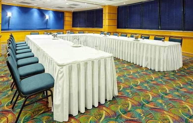 Holiday Inn Monterrey Parque Fundidora - Hotel - 5