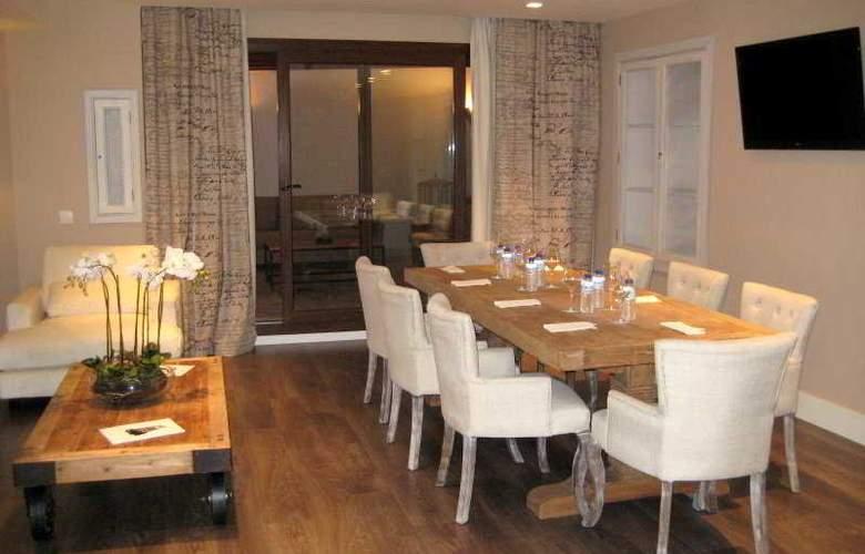 Altora - Restaurant - 14