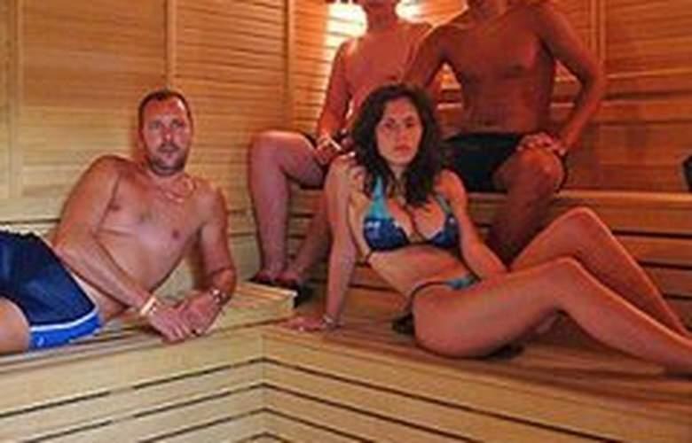 Caprice Beach Hotel - Sport - 10
