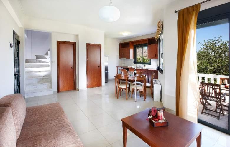 Anna s House Apts - Room - 7