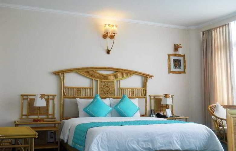 Green Hotel Hue - Room - 5