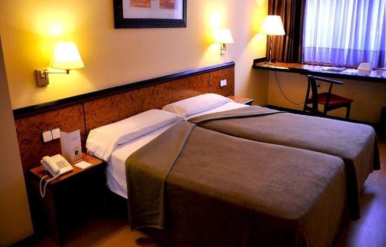 Hotel Glories Sercotel - Room - 2
