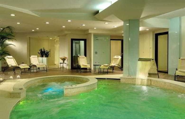 Rizzi Aquacharme Hotel & Spa - Pool - 4