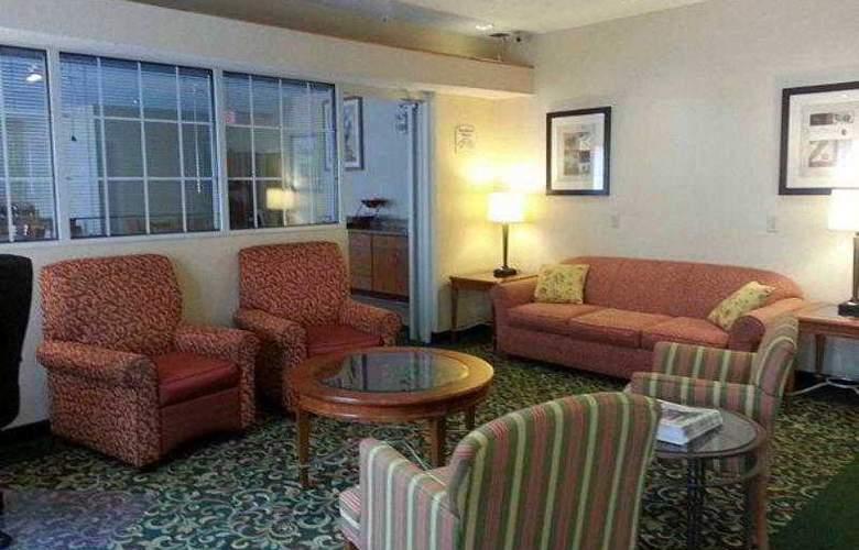 Fairfield Inn Lafayette - Hotel - 10