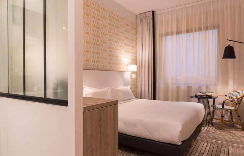 Hotel The Originals Paris Maison Montmartre - Room - 1