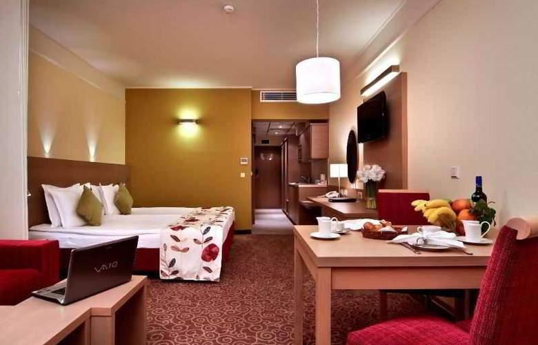 Flamingo Grand - Room - 3