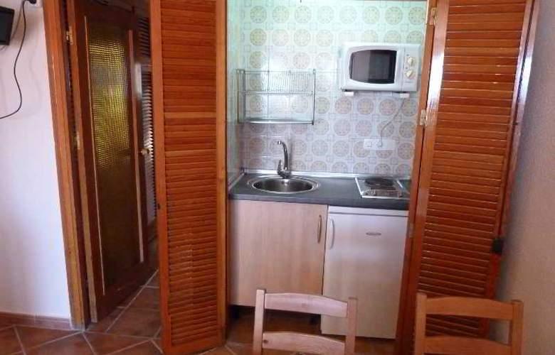 Apartamentos Bulgaria - Room - 18
