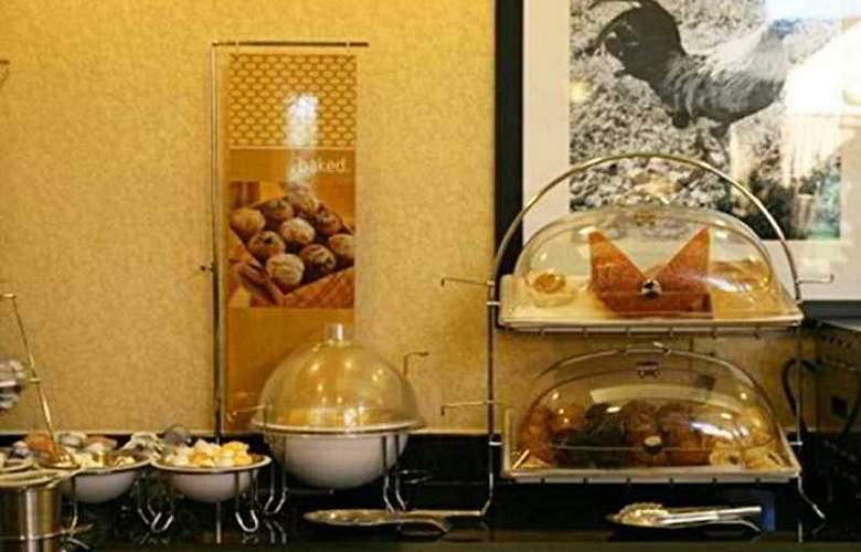 Hampton Inn Orlando- Lake Buena Vista - Hotel - 9