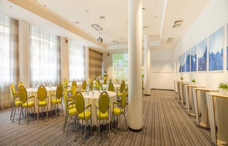 Holiday Inn Vilnius - Conference - 16