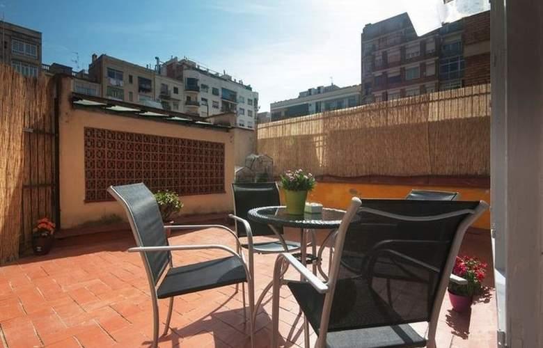 Barcelona 10 Apartments - Room - 4