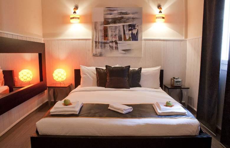 Hostal Oxum - Room - 1