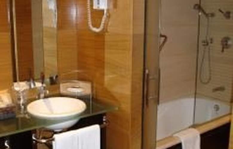 Alanda Hotel - Room - 1