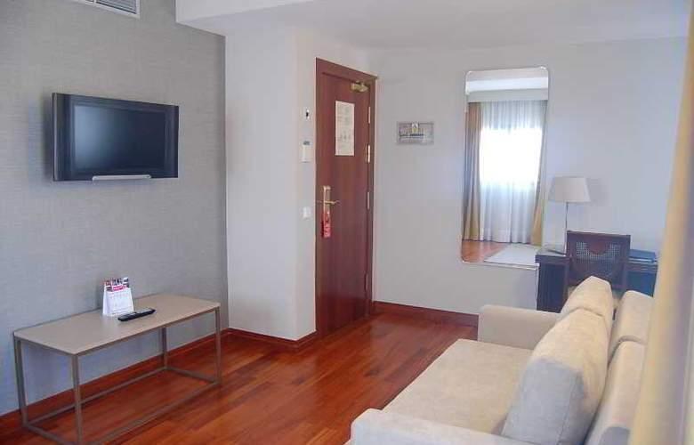 Escuela Santa Brigida - Room - 12