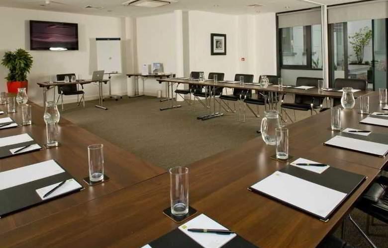 Pembroke Hotel - Conference - 16