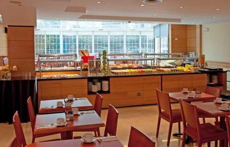 Tryp Barcelona Apolo - Restaurant - 5