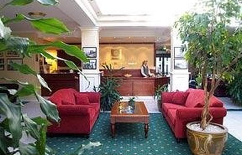 Comfort Hotel Fosna - General - 1