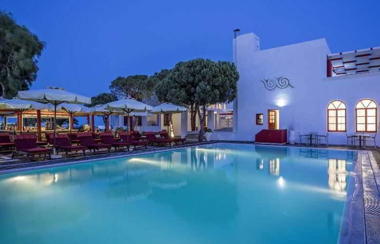 Kalisti Hotel & Suites - Pool - 7