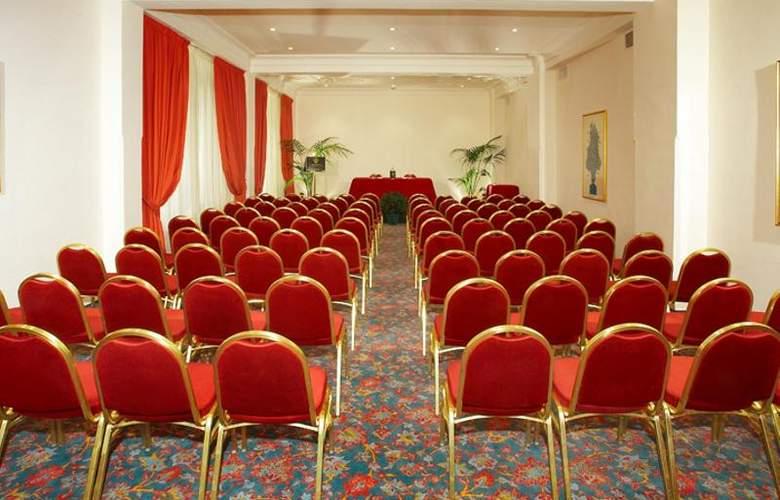 Caparena - Conference - 13