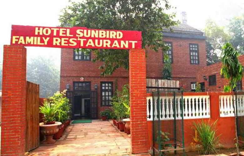 Sunbird - Hotel - 0