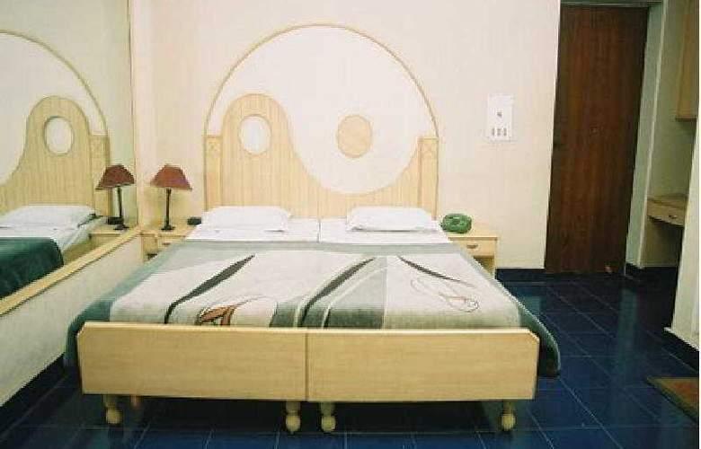 Hotel Raja - Room - 4