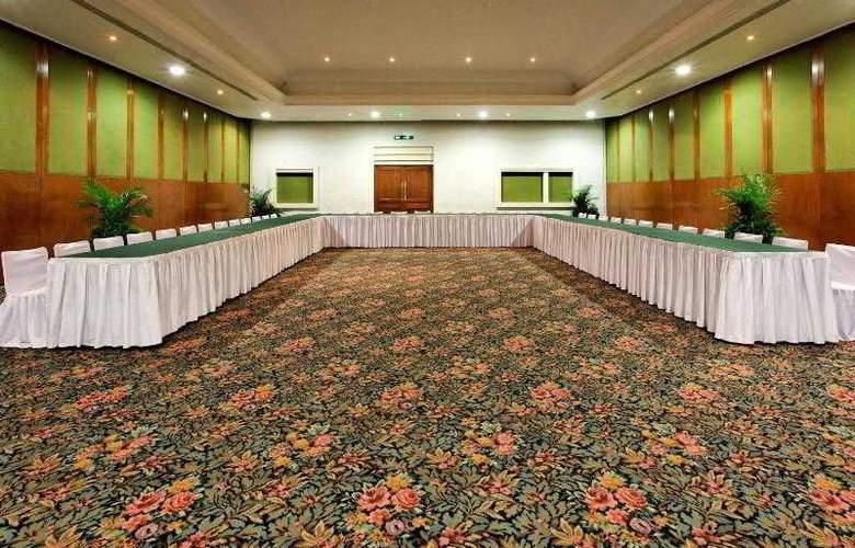 Holiday Inn Merida - Hotel - 15