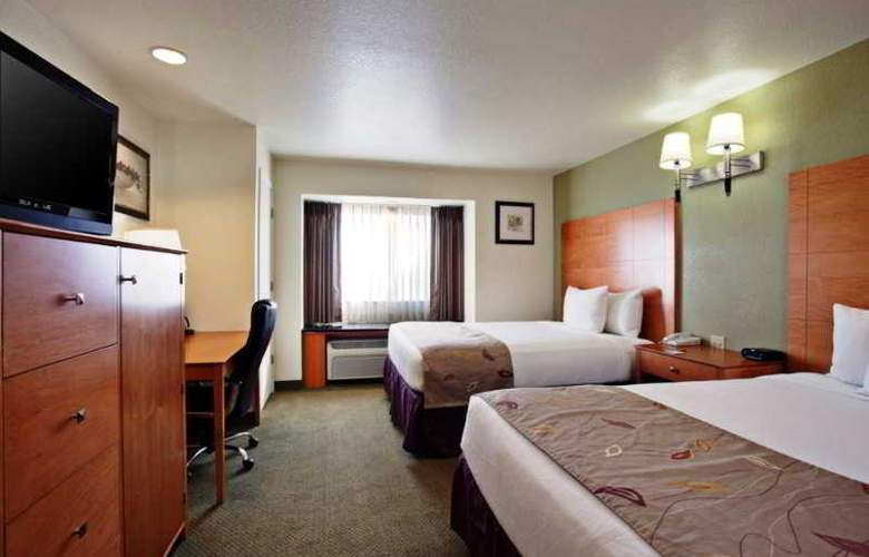 La Quinta Inn And Suites Tulare - Room - 9