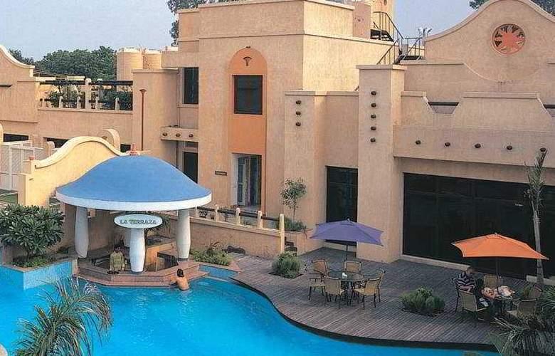 Tivoli Garden Resort - Hotel - 0