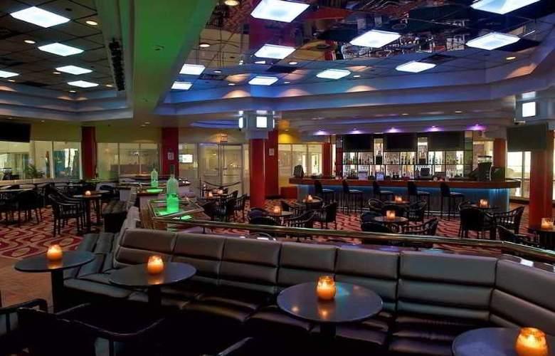 Hilton Ponce Golf & Casino Resort - Bar - 5