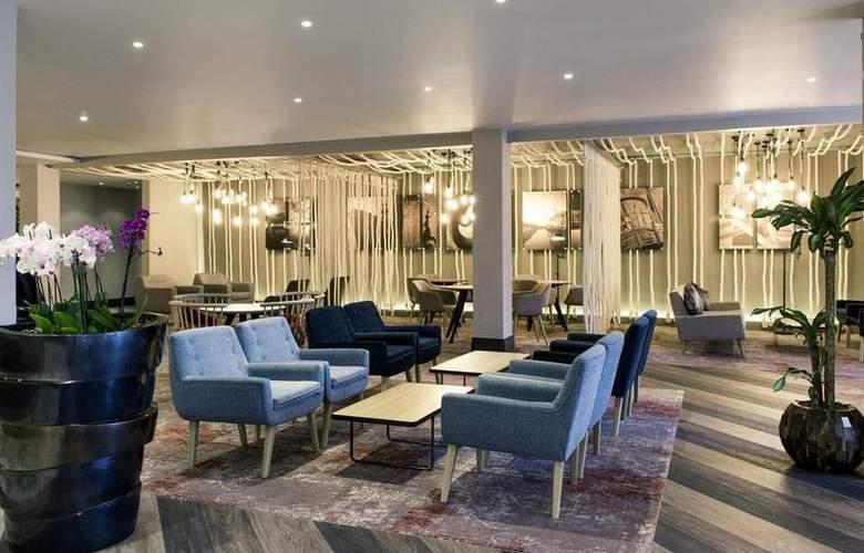 Mercure Cardiff Holland House Hotel and Spa - Bar - 46