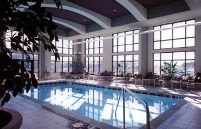 Embassy Suites Hot Springs - Hotel & Spa - Sport - 2
